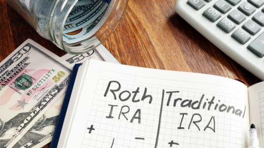 Roth IRA vs Traditional IRA written in the notepad